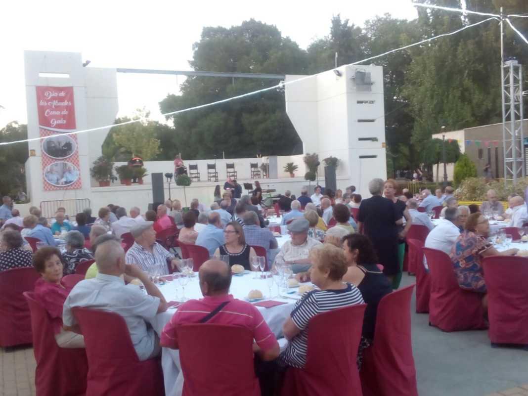Más de 300 personas en la I Cena de Gala del Día de los Abuelos 21