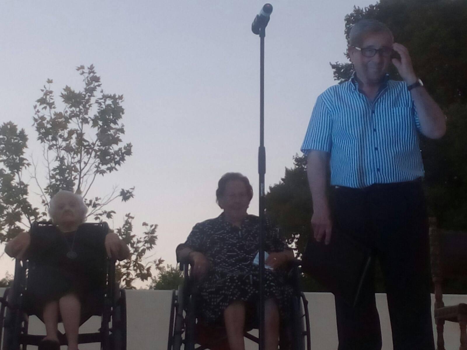 Encuentro de mayores de Herencia11 - Más de 300 personas en la I Cena de Gala del Día de los Abuelos