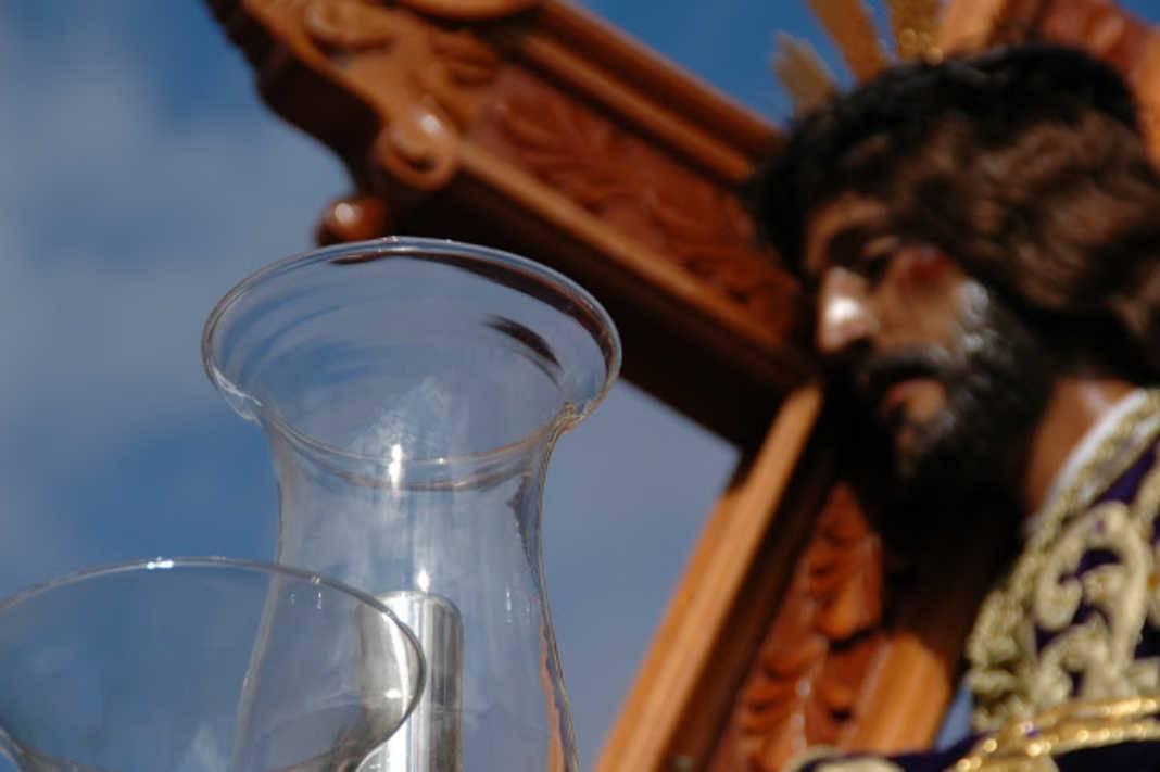Nazareno 1068x711 - La Hermandad de Nuestro Padre Jesús Nazareno y María Santísima de la Amargura, convoca junta extraordinaria