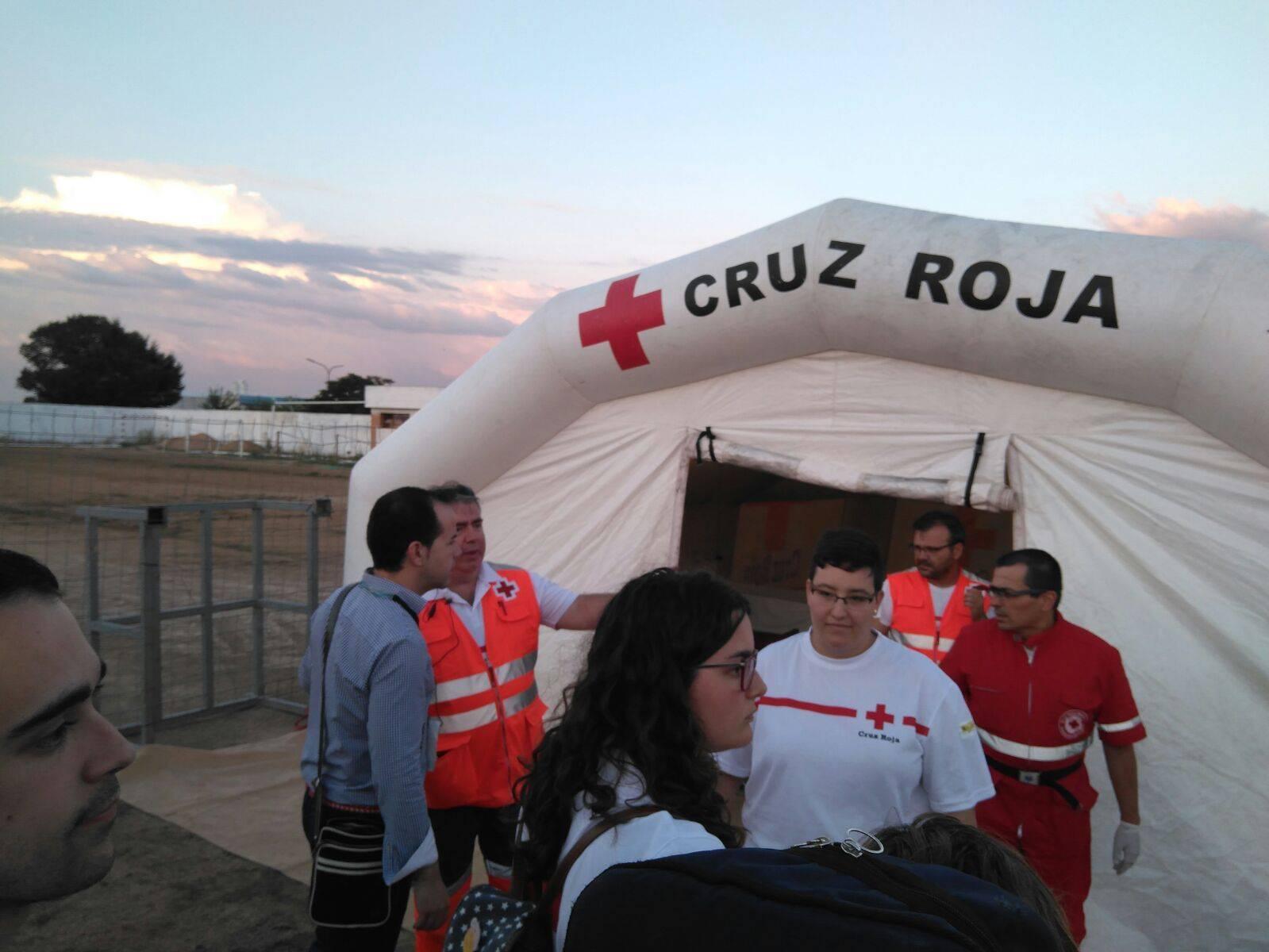 cruz roja melendi herencia - Cientos de personas disfrutan del concierto de Melendi en Herencia