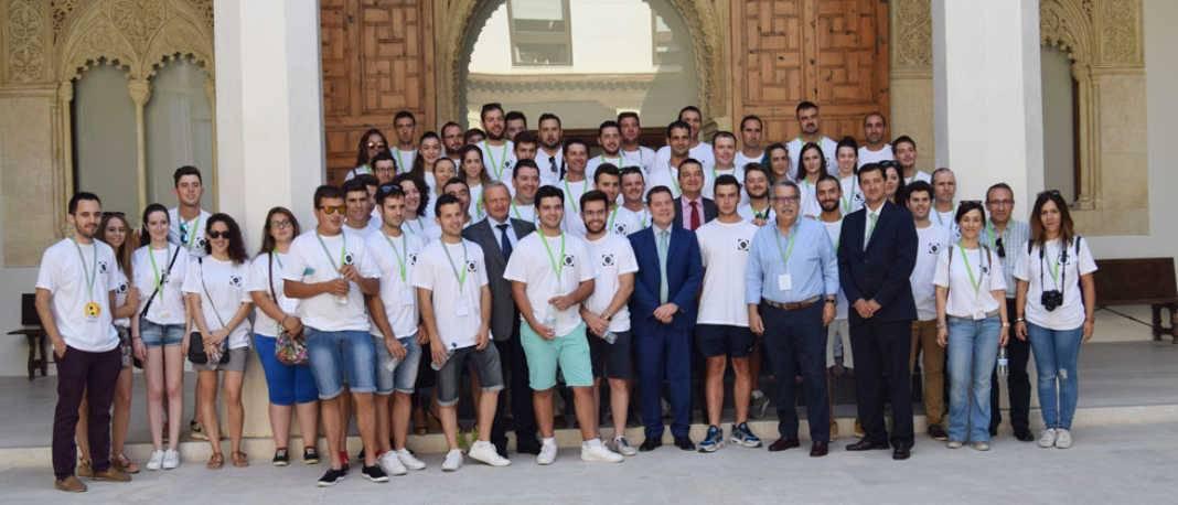 jovenes cooperativistas agro alimentarias 1068x458 - Los jóvenes cooperativistas de Castilla-La Mancha constituyen su propio área de trabajo en la organización