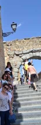 """13Viaje a Segovia de la hermandad de san Jose de Herencia 140x420 - El coro """"La Azucena de San José"""" realizó un viaje cultural a Segovia"""