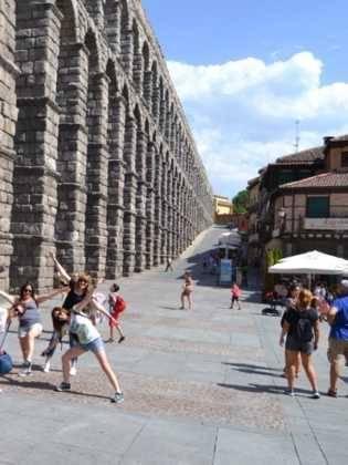 """20Viaje a Segovia de la hermandad de san Jose de Herencia 315x420 - El coro """"La Azucena de San José"""" realizó un viaje cultural a Segovia"""