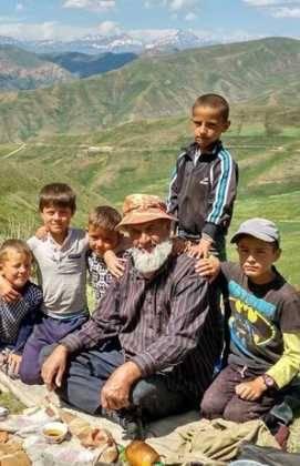 Perle atravesando el Pamir y llegando a Kirguistan01 271x420 - Perlé atravesando el Pamir y llegando a Kirguistán