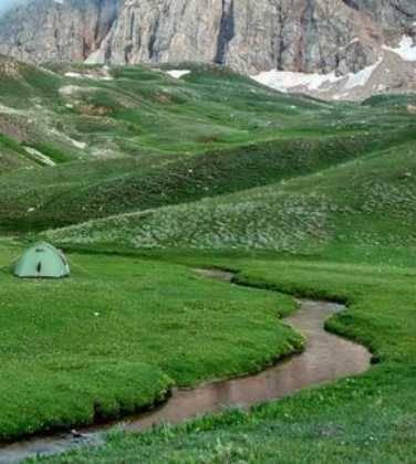 Perle atravesando el Pamir y llegando a Kirguistan02 376x420 - Perlé atravesando el Pamir y llegando a Kirguistán