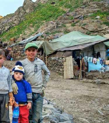 Perle atravesando el Pamir y llegando a Kirguistan06 373x420 - Perlé atravesando el Pamir y llegando a Kirguistán