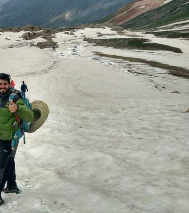 Perle atravesando el Pamir y llegando a Kirguistan17 373x420 - Perlé atravesando el Pamir y llegando a Kirguistán