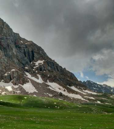 Perle atravesando el Pamir y llegando a Kirguistan22 373x420 - Perlé atravesando el Pamir y llegando a Kirguistán