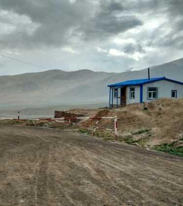 Perle atravesando el Pamir y llegando a Kirguistan37 373x420 - Perlé atravesando el Pamir y llegando a Kirguistán
