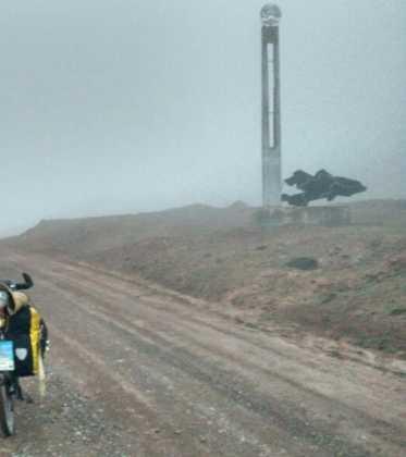 Perle atravesando el Pamir y llegando a Kirguistan38 373x420 - Perlé atravesando el Pamir y llegando a Kirguistán