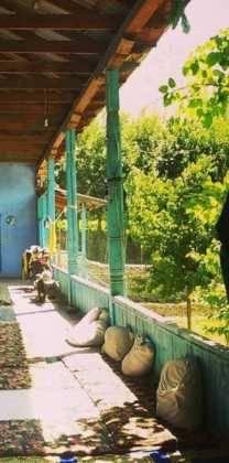 Perle atravesando el Pamir y llegando a Kirguistan41 208x420 - Perlé atravesando el Pamir y llegando a Kirguistán