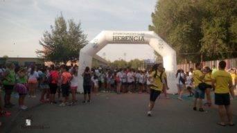 "colours run 2017 en herencia 2 342x192 - Cientos de personas participaron en la ""Colours Run"" solidaria de Herencia"