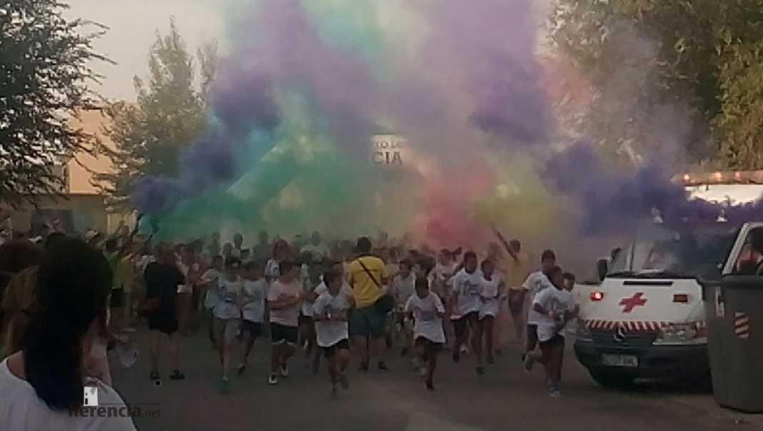 "colours run 2017 en herencia 5 1068x603 - Cientos de personas participaron en la ""Colours Run"" solidaria de Herencia"