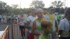 "colours run 2017 herencia fotos de Aitor gallego de la sacristana 4 283x159 - Cientos de personas participaron en la ""Colours Run"" solidaria de Herencia"