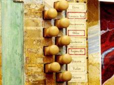 organo historico barroco de la parroquia de herencia