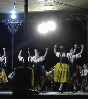 El grupo folclórico de Herencia participa en varios festivales 11