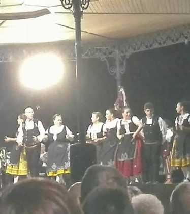 El grupo folclórico de Herencia participa en varios festivales 12