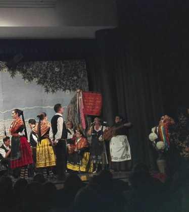 El grupo folclórico de Herencia participa en varios festivales 16