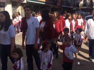 El Colegio Ntra. Sra. de las Mercedes sacó en procesión la imagen de la Virgen 8