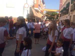 El Colegio Ntra. Sra. de las Mercedes sacó en procesión la imagen de la Virgen 2