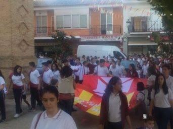 colegio ntra sra mercedes procesion imagen virgen 7 342x256 - El Colegio Ntra. Sra. de las Mercedes sacó en procesión la imagen de la Virgen