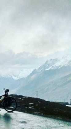 34Perl%C3%A9e superando las cimas himalayas 231x420 - Perlé superando las cimas himalayas