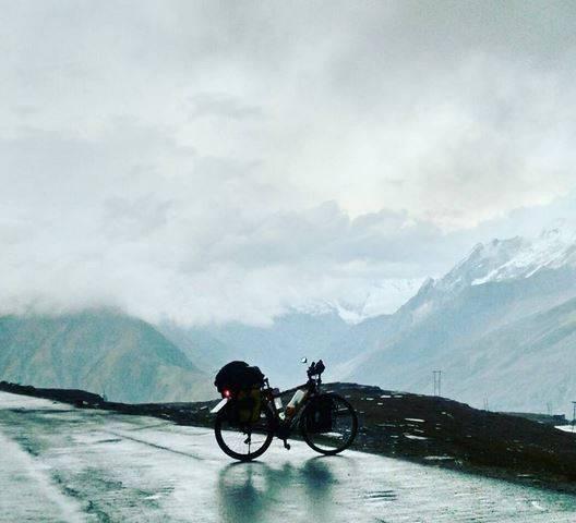 Perlé superando las cimas himalayas 44