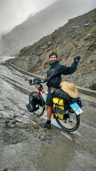 Perlé superando las cimas himalayas 42