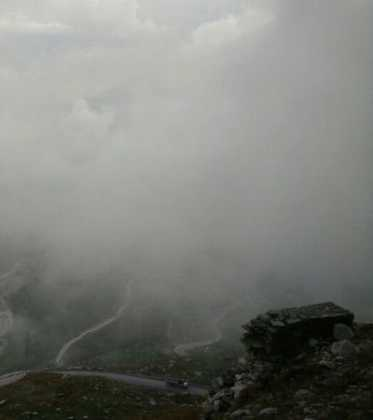 Perlé superando las cimas himalayas 56
