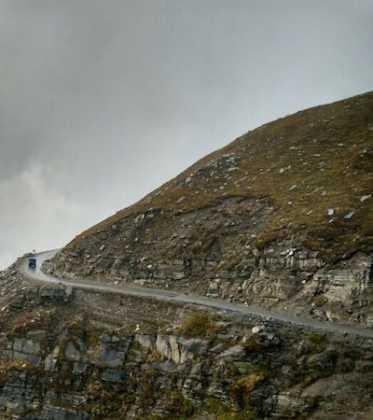 Perlé superando las cimas himalayas 55