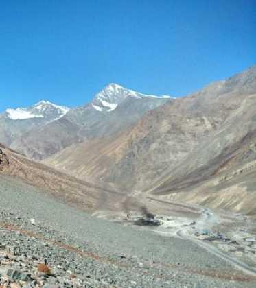 Perlé superando las cimas himalayas 49