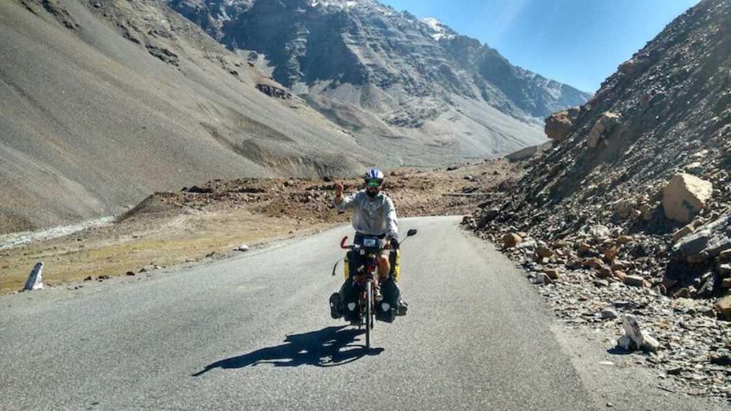 Perlé superando las cimas himalayas 75