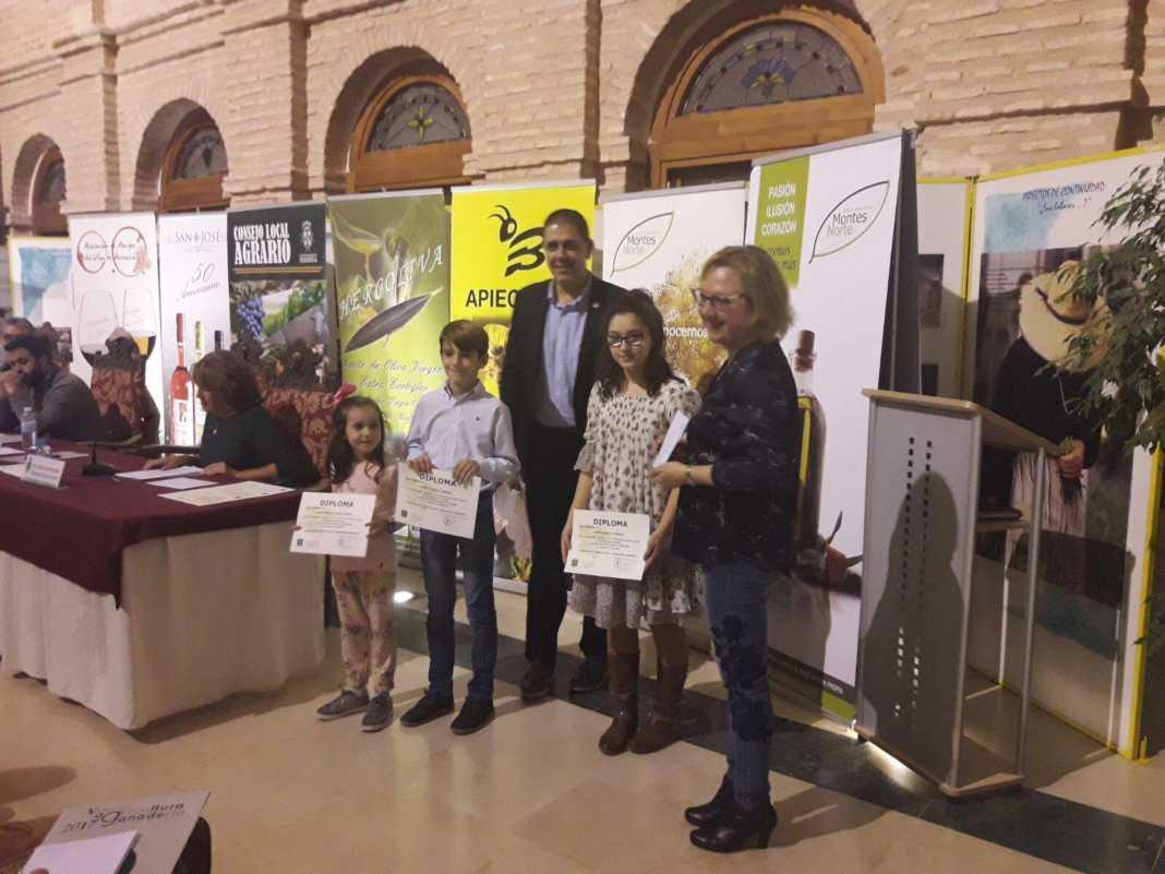 """Premios del concurso local de dibujo """"El Campo de tu pueblo"""" 13"""