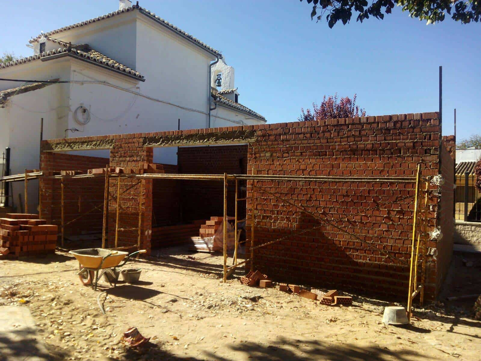 obras garaje proteccion civil ermergencias - Nuevo garaje para Protección Civil y emergencias del Centro de Salud