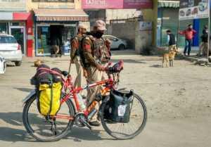 Perlé destino al Nepal. 28