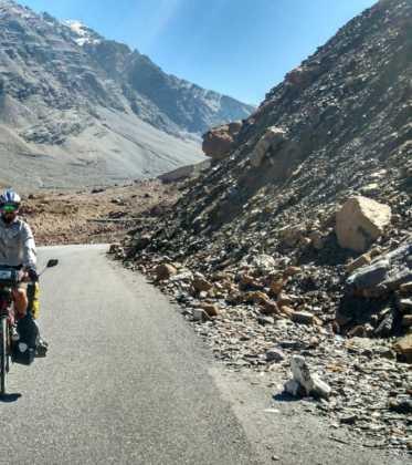 Perlé atravesando la singular Cachemira 98