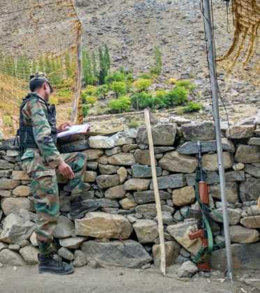 Perlé atravesando la singular Cachemira 85
