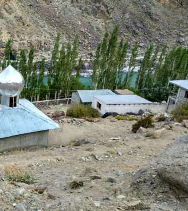 Perlé atravesando la singular Cachemira 77