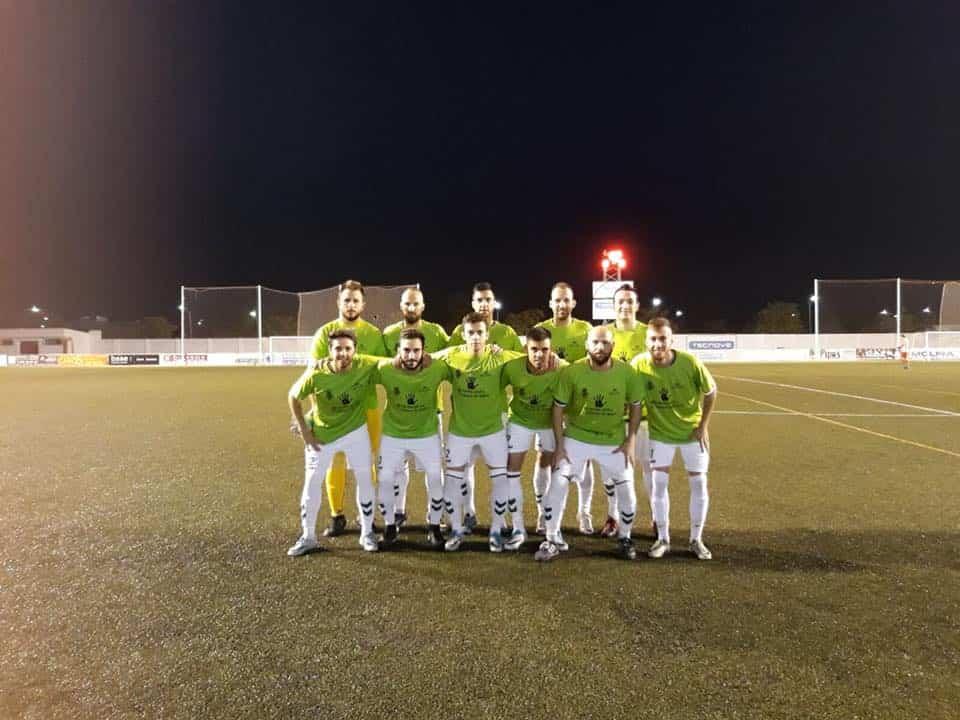 futbol herencia camiseta contra violencia genero - C.D.B. Herencia lidera la Primera Autonómica después se superar al Infantes