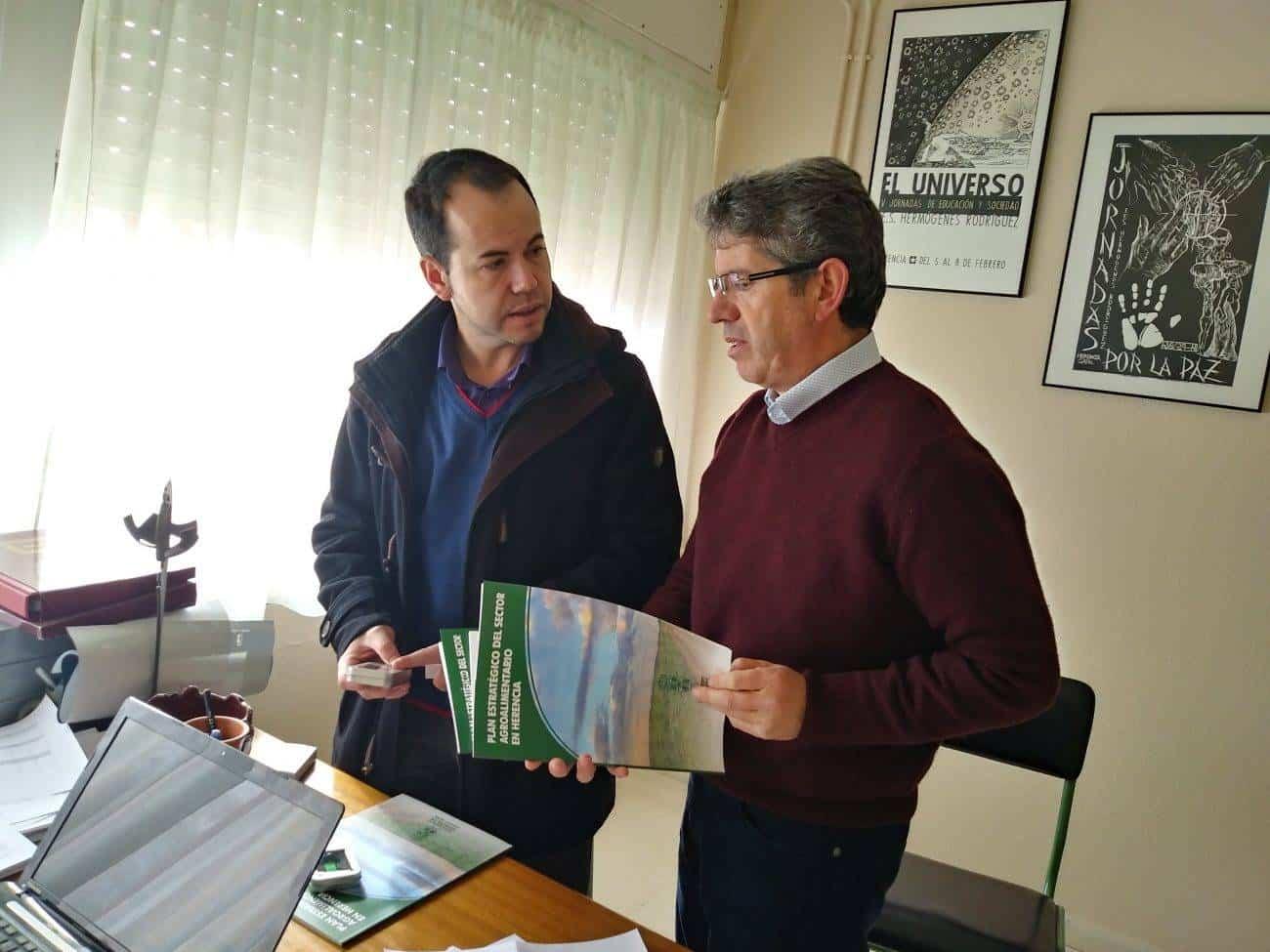 huerto escolar ies hermogenes rodriguez - El plan estratégico agroalimentario de Herencia llega al IES Hermógenes Rodríguez