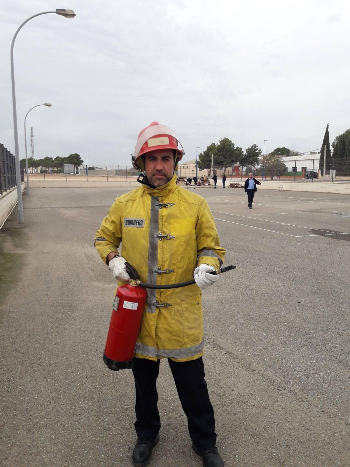 proteccion civil herencia curso extintores 3 - Protección Civil de Herencia se forma en prevención de incendios