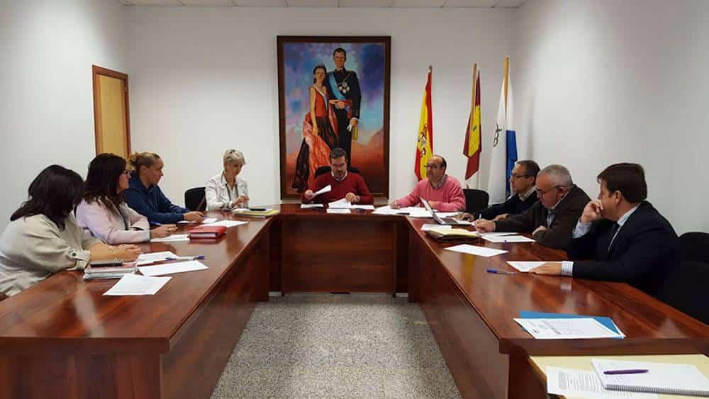 reunion manchanorte apoyo empresas - Mancha Norte continua con su proyecto de apoyo a las empresas de la comarca