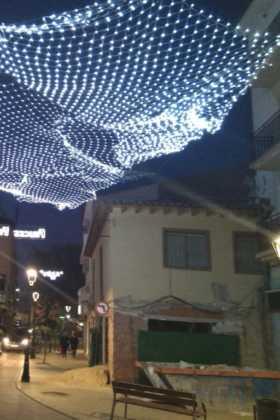 Encendida la iluminación ornamental para la Navidad en Herencia 9