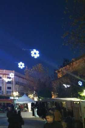 Encendida la iluminación ornamental para la Navidad en Herencia 7