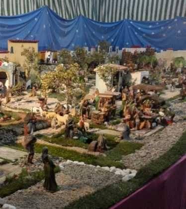 07 Belen de Jesus Lopez Escribano 22Chamusca2201 374x420 - Galería de imágenes de la III Muestra de belenes de Herencia