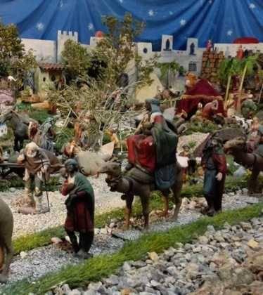 07 Belen de Jesus Lopez Escribano 22Chamusca2203 374x420 - Galería de imágenes de la III Muestra de belenes de Herencia