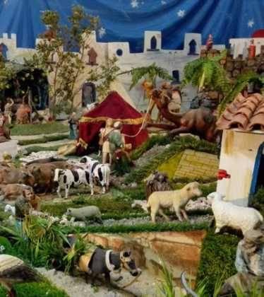 07 Belen de Jesus Lopez Escribano 22Chamusca2207 374x420 - Galería de imágenes de la III Muestra de belenes de Herencia