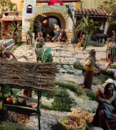 07 Belen de Jesus Lopez Escribano 22Chamusca2208 374x420 - Galería de imágenes de la III Muestra de belenes de Herencia