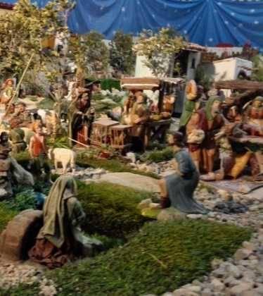 07 Belen de Jesus Lopez Escribano 22Chamusca2209 374x420 - Galería de imágenes de la III Muestra de belenes de Herencia