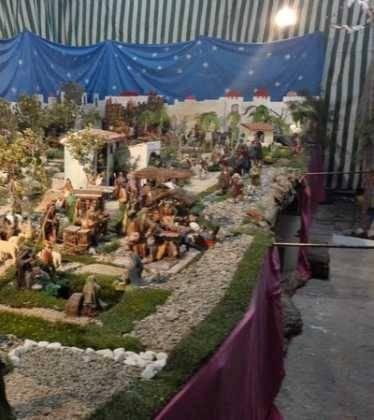 07 Belen de Jesus Lopez Escribano 22Chamusca2210 374x420 - Galería de imágenes de la III Muestra de belenes de Herencia